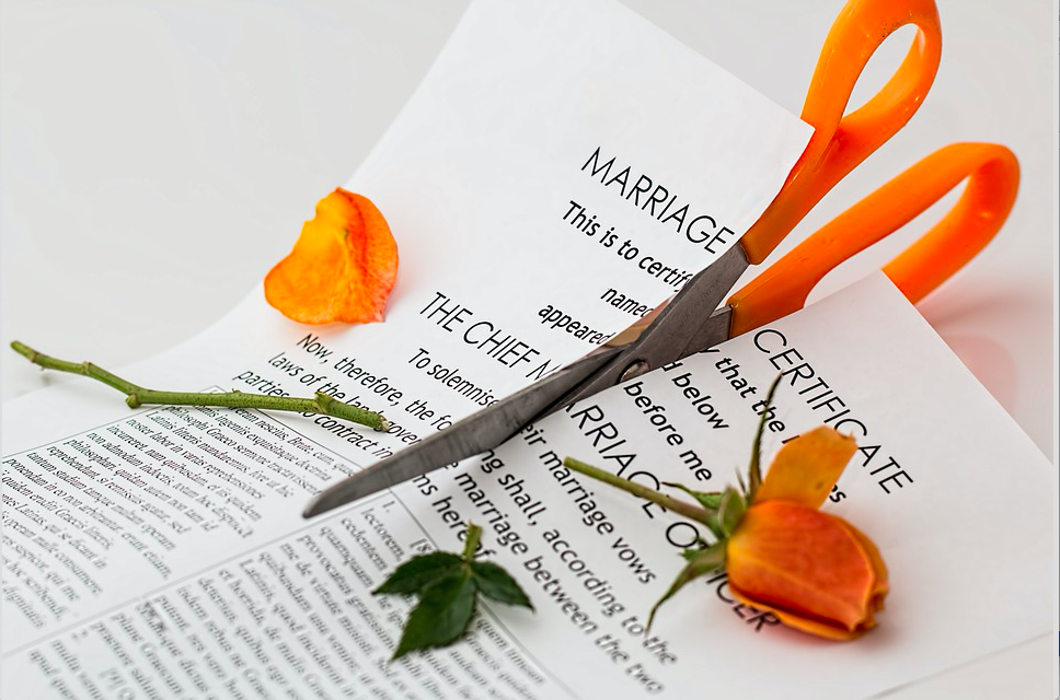 When couples divorce they are likely to have no savings