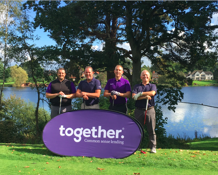 Brokers tee off at Mere for Manchester Mind
