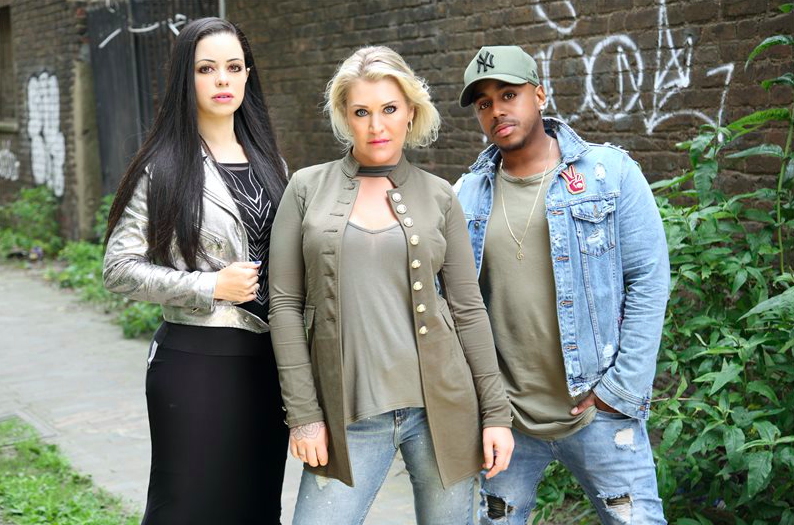 S Club Party to light up Stockport at the Merseyway Christmas Light Switch-on
