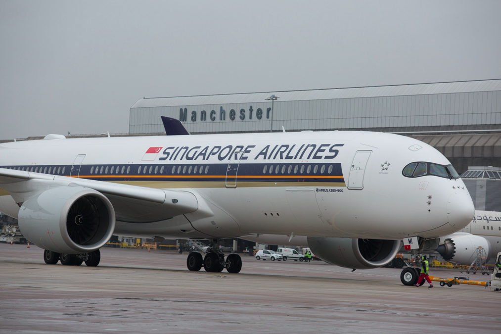 Singapore Airlines A350 celebrates 1st anniversary at Manchester Airport